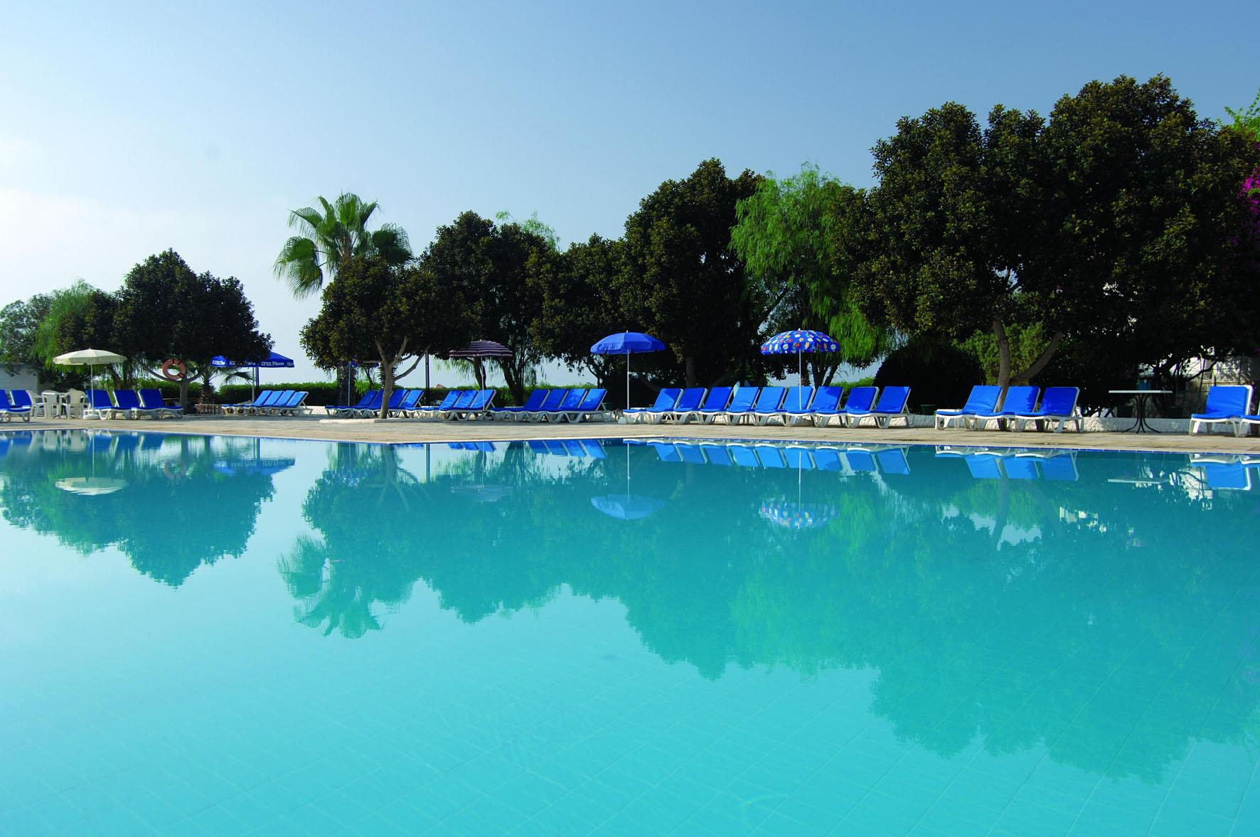 merit-cyprus-gardens-holiday-village-013