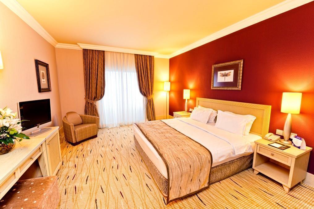 merit-park-hotel-006
