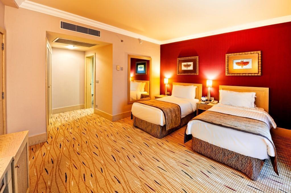 merit-park-hotel-011