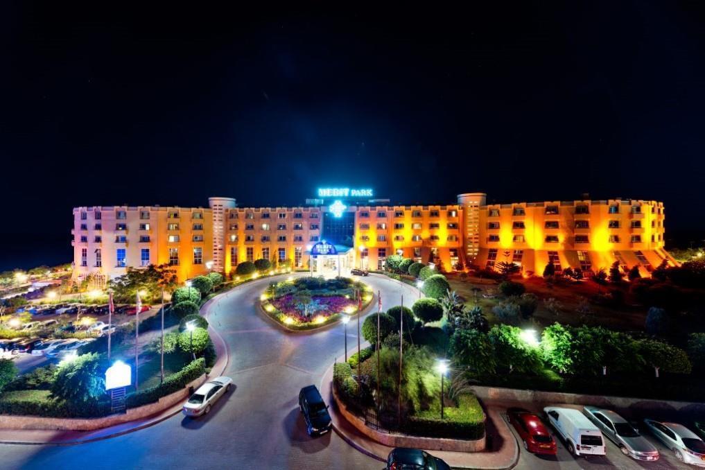merit-park-hotel-040