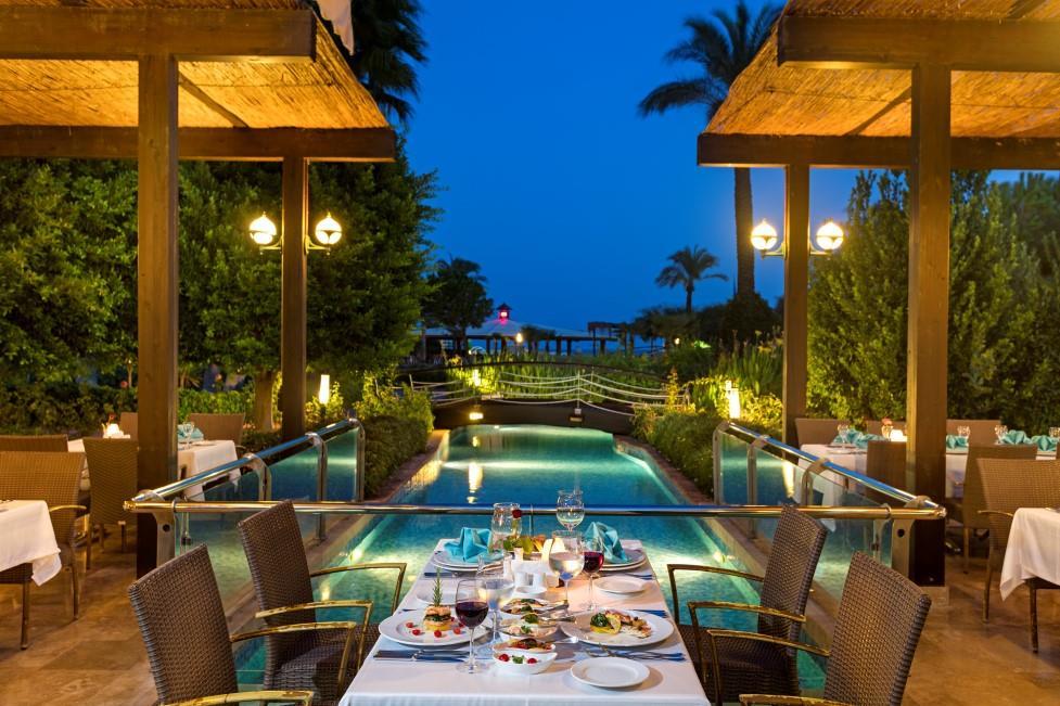miracle-resort-hotel-010