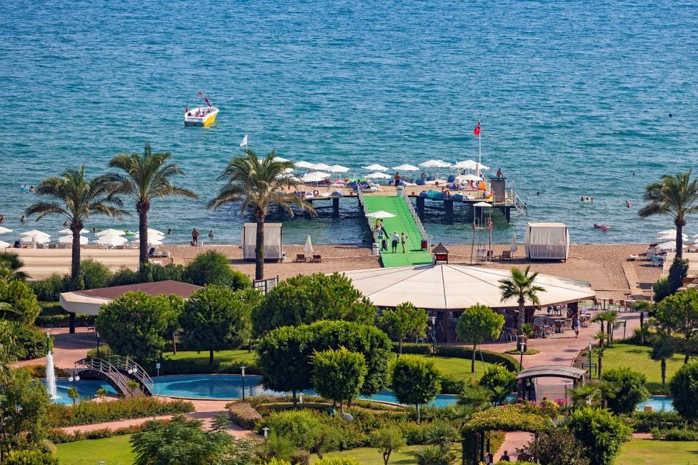 miracle-resort-hotel-019