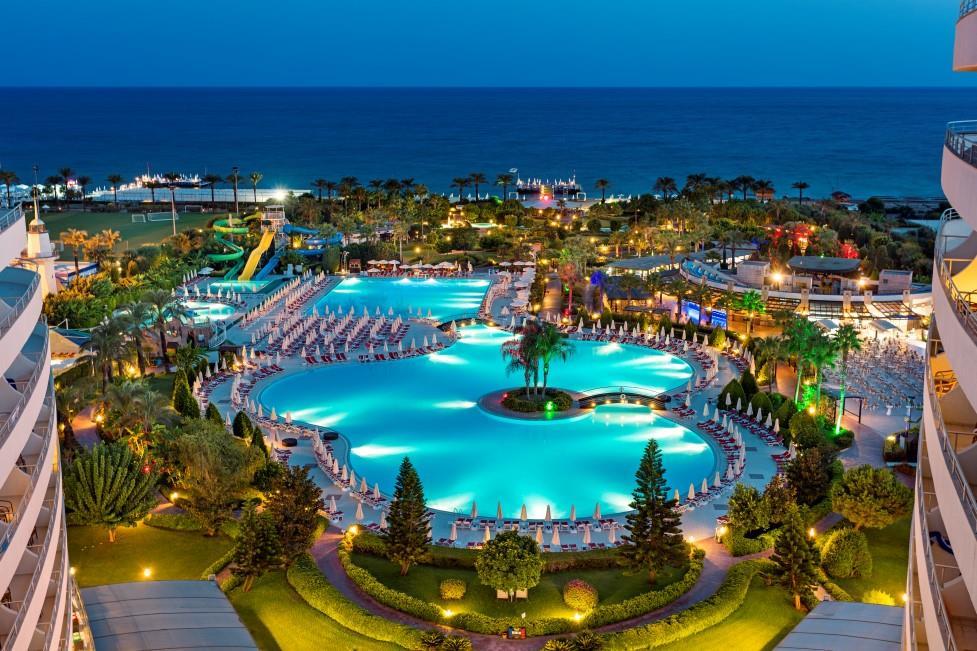 miracle-resort-hotel-030