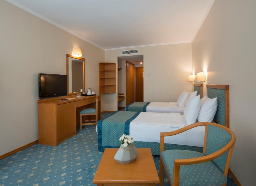 miramare-queen-hotel-005