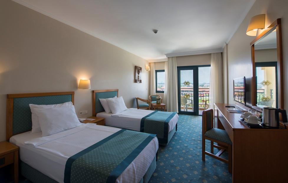 miramare-queen-hotel-060