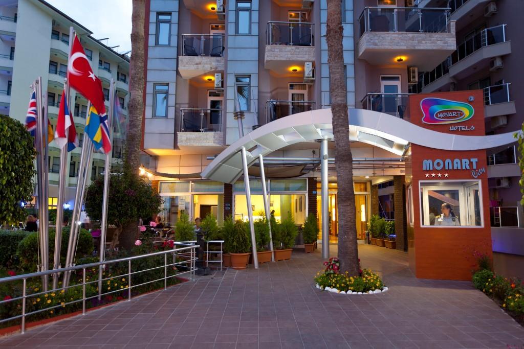 monart-city-hotel-000