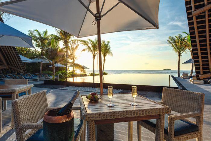 movenpick-resort-kuredhivaru-maldives-genel-0010