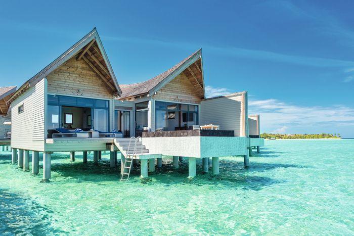 movenpick-resort-kuredhivaru-maldives-genel-0012