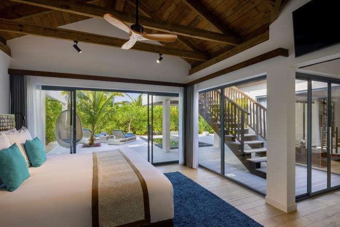 movenpick-resort-kuredhivaru-maldives-genel-0018