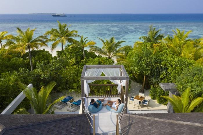 movenpick-resort-kuredhivaru-maldives-genel-0020