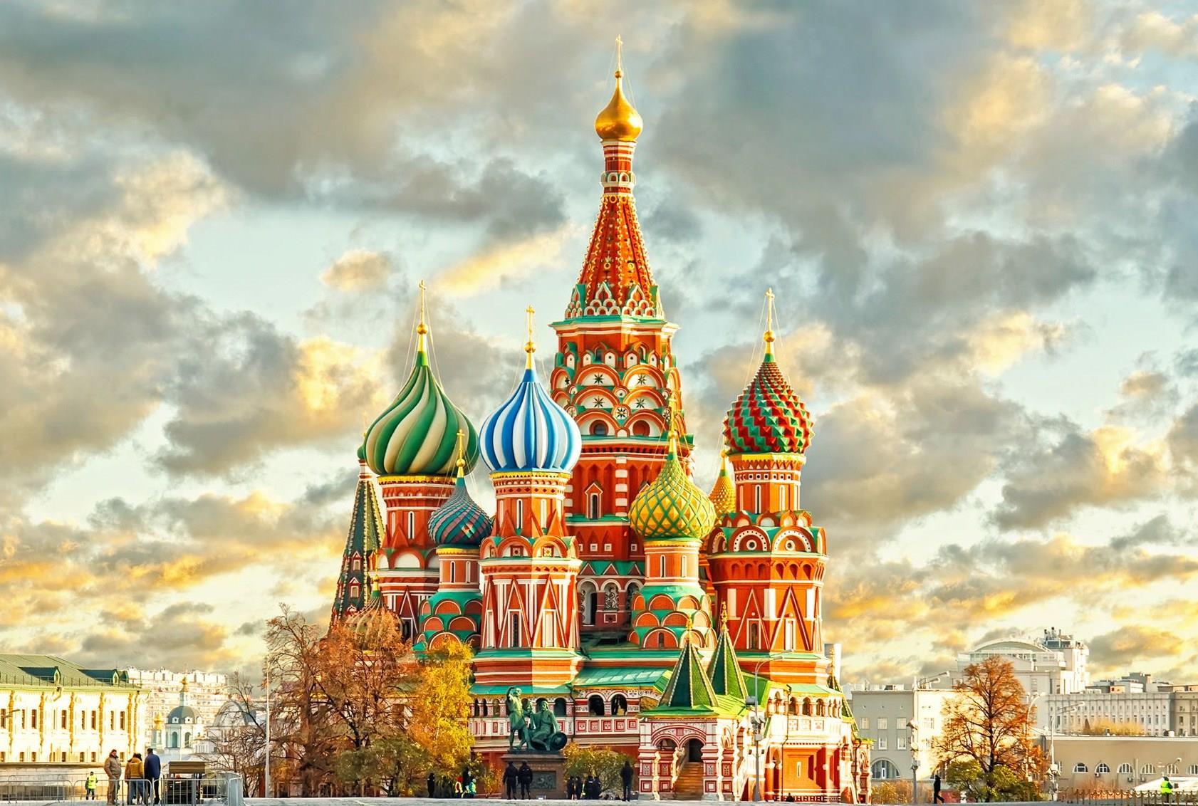 opoznaj-rusiya-sankt-peterburg-i-moskva-genel-001