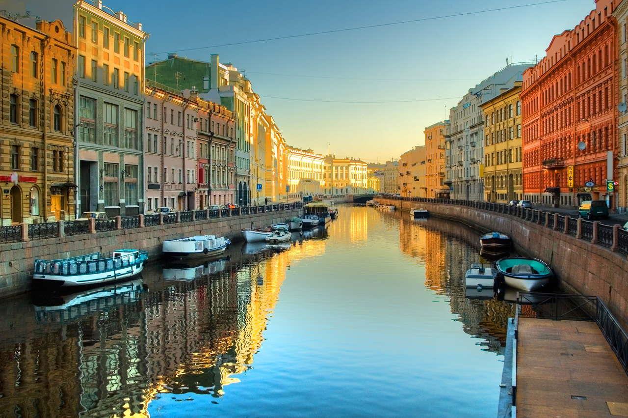 opoznaj-rusiya-sankt-peterburg-i-moskva-genel-012