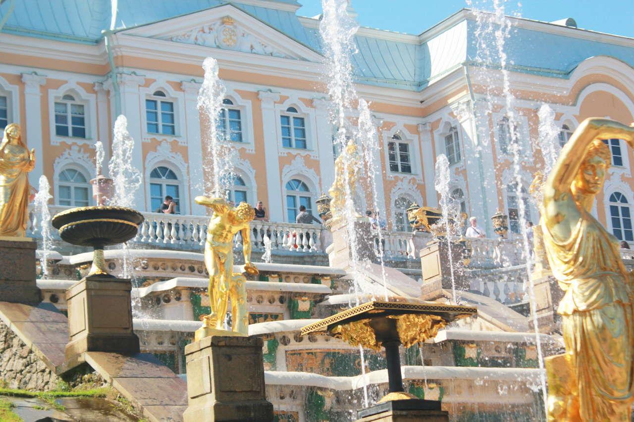opoznaj-rusiya-sankt-peterburg-i-moskva-s-polet-ot-varna-genel-0013