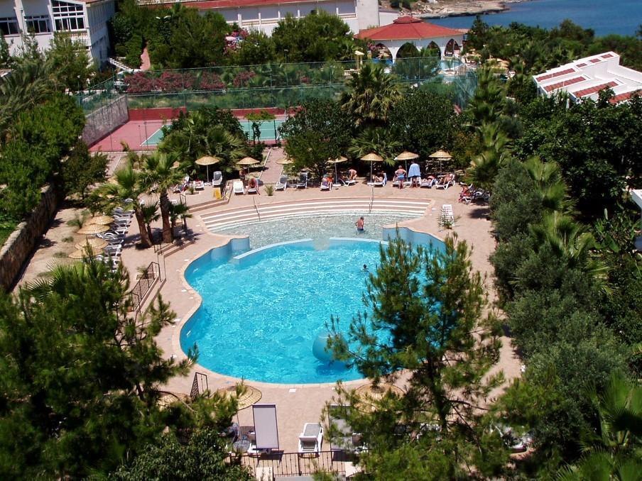 oscar-resort-000