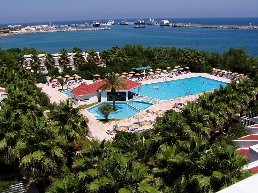 oscar-resort-001
