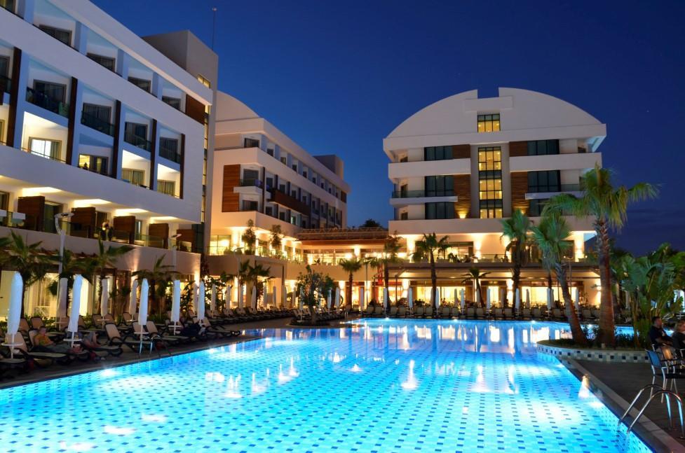 port-side-resort-hotel-000