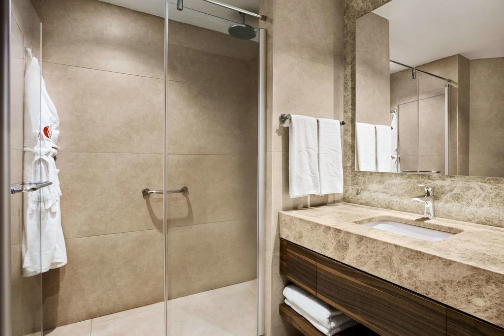 ramada-hotel-and-suites-kusadasi-genel-0019