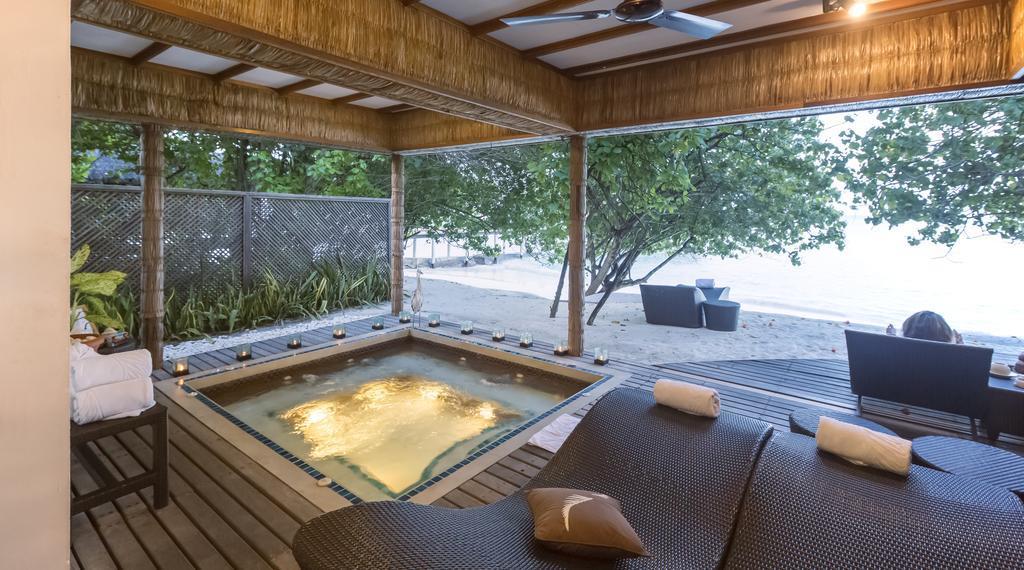 reethi-beach-resort-genel-0012