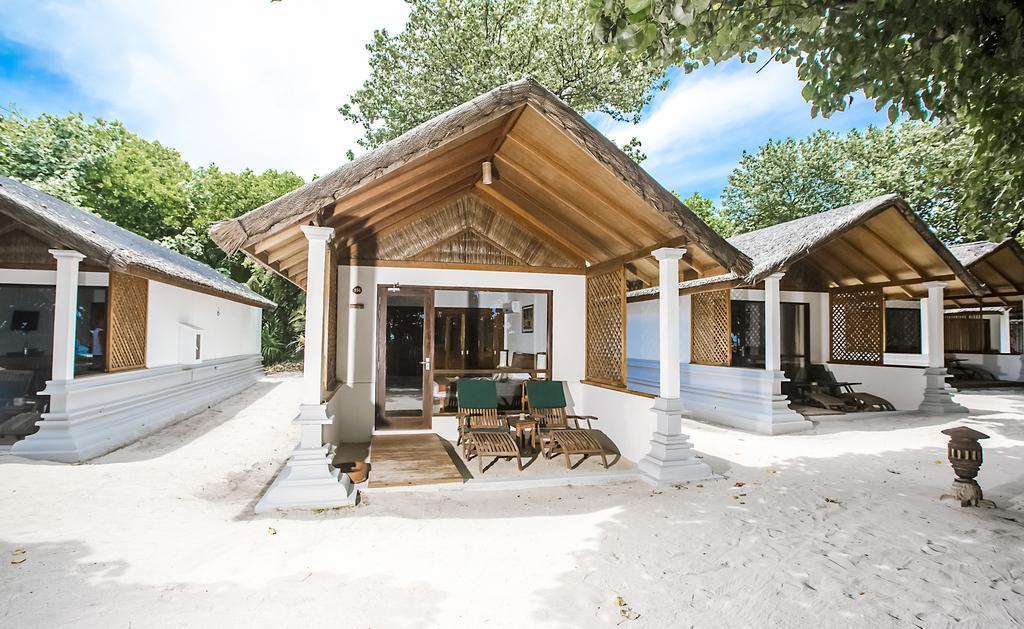 reethi-beach-resort-genel-004