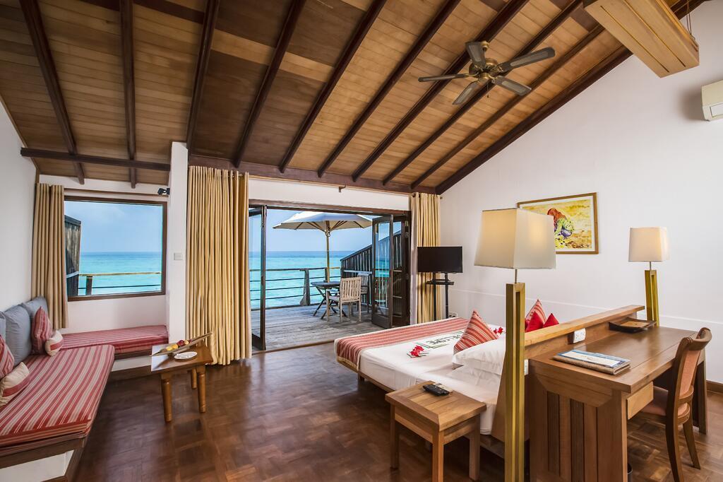 reethi-beach-resort-genel-005