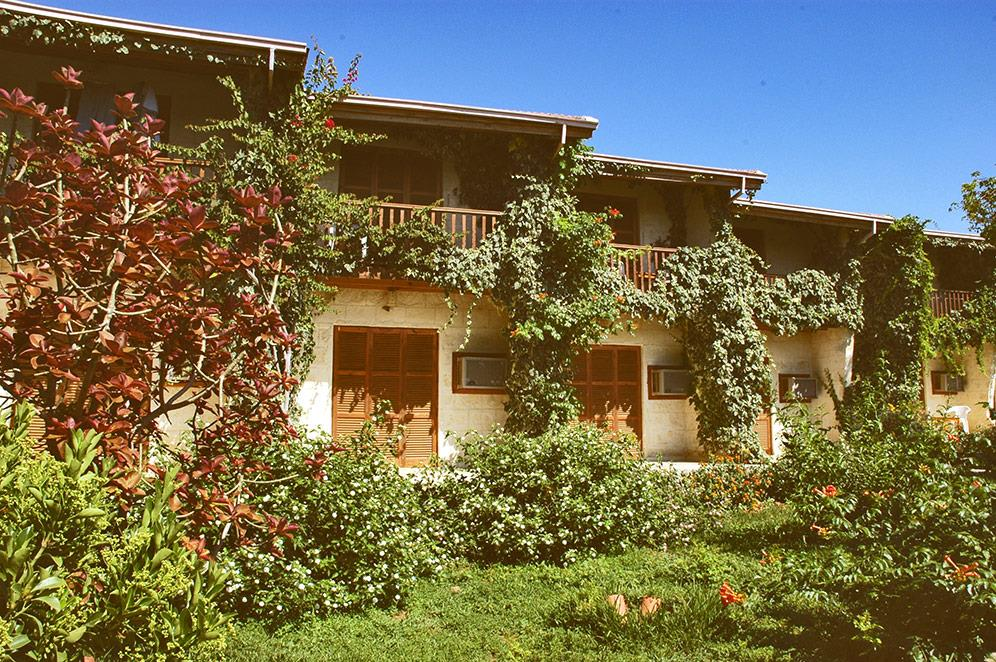 riviera-beach-bungalows-hotel-004