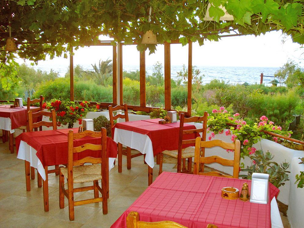 riviera-beach-bungalows-hotel-012