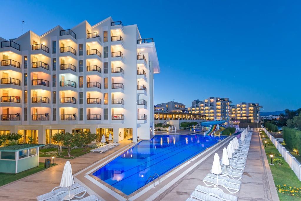 royal-atlantis-spa-and-resort-004