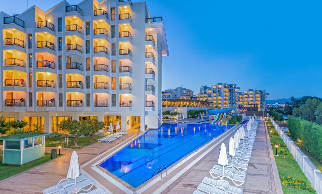 royal-atlantis-spa-and-resort-005