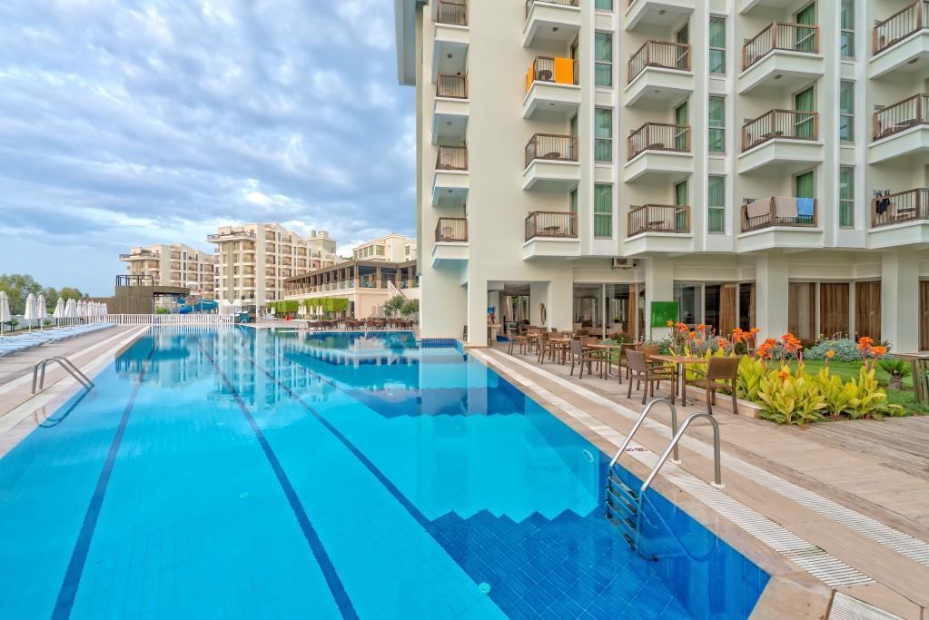 royal-atlantis-spa-and-resort-014