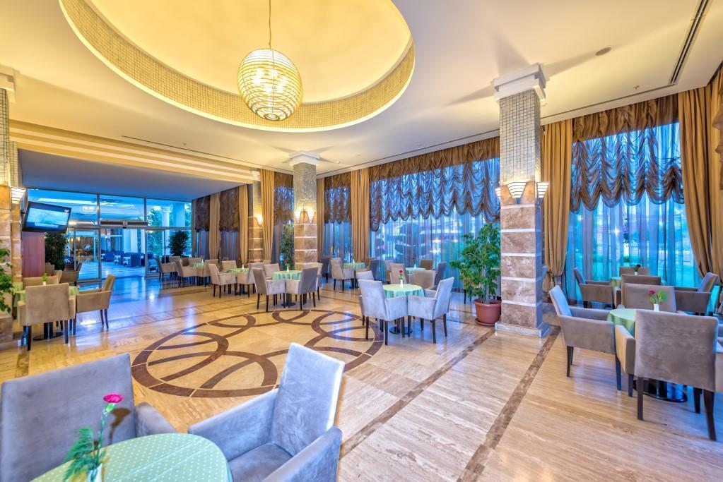 royal-atlantis-spa-and-resort-063
