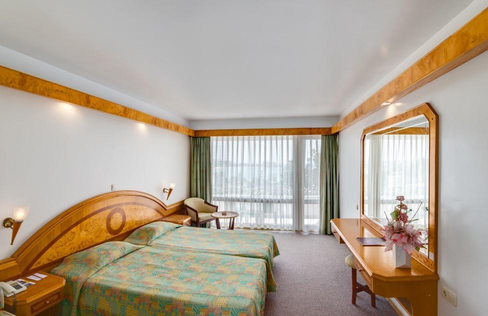 rubi-hotel-005