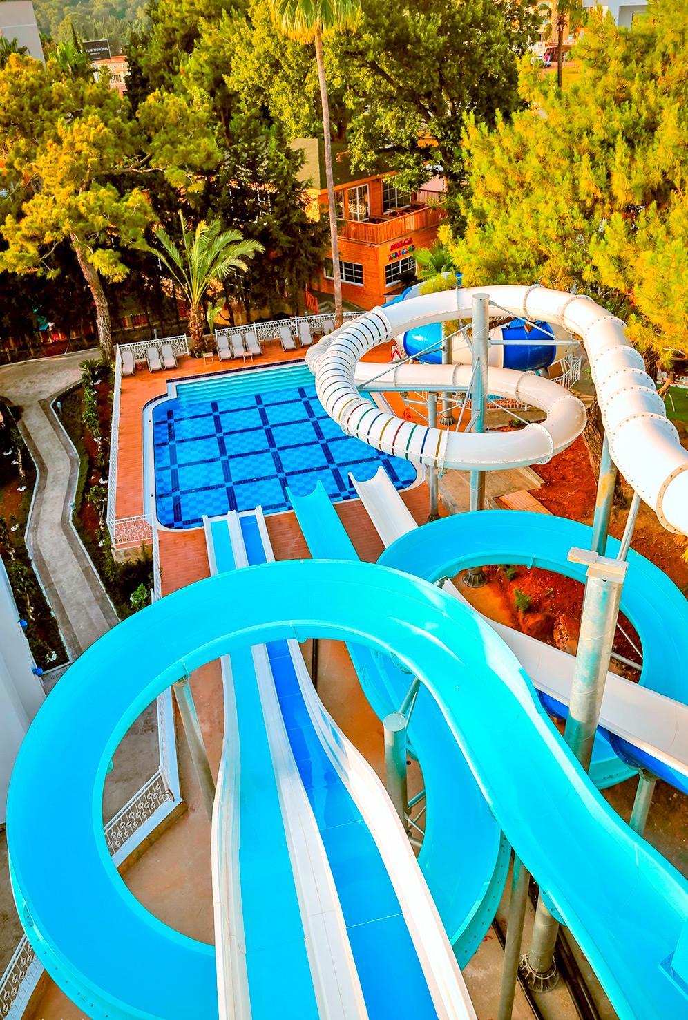rubi-platinum-spa-resort-000