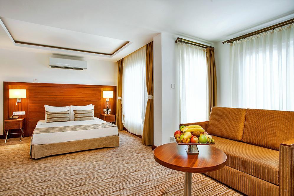 salamis-bay-conti-hotel-001