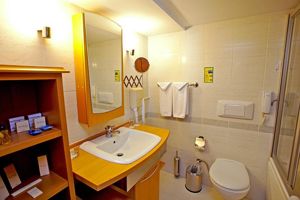 salamis-bay-conti-hotel-022