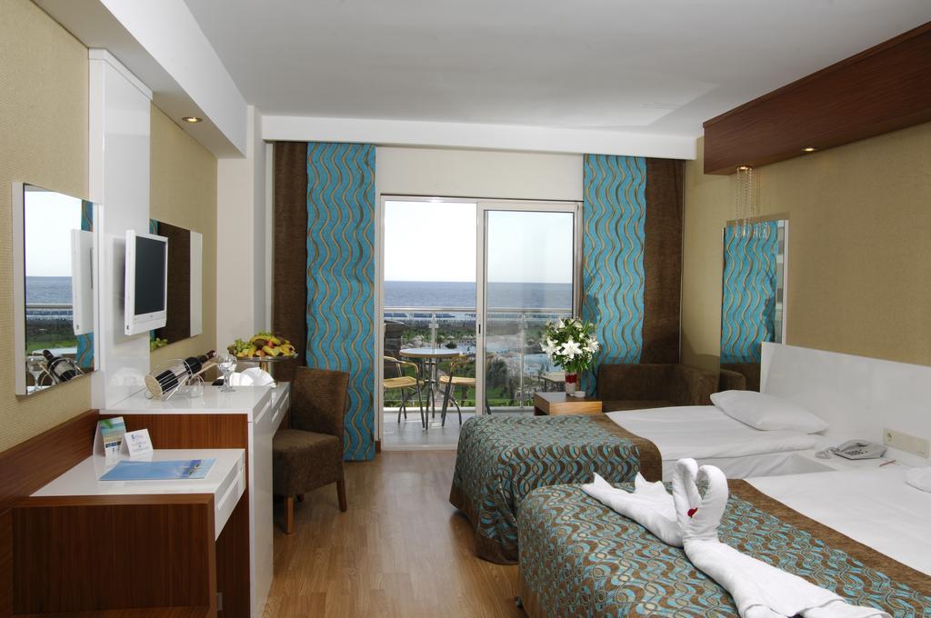sea-world-resort-and-spa-genel-0016