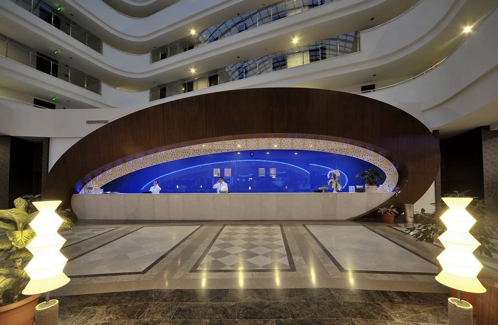 sea-world-resort-and-spa-genel-004