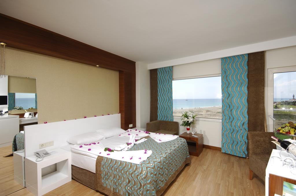 sea-world-resort-and-spa-genel-005