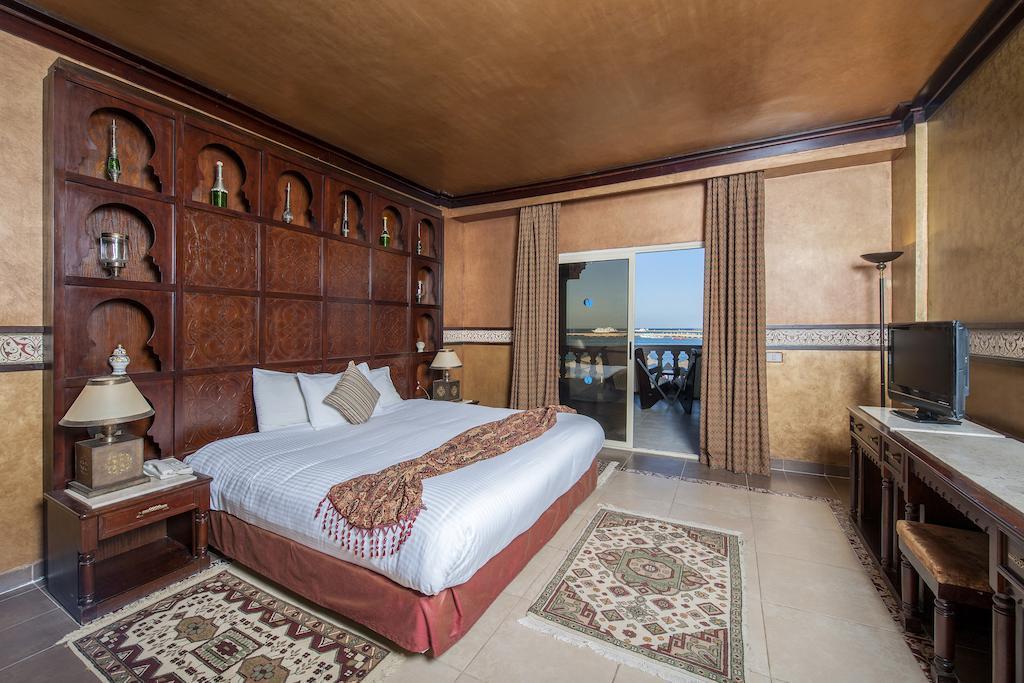 sentido-mamlouk-palace-resort-genel-005