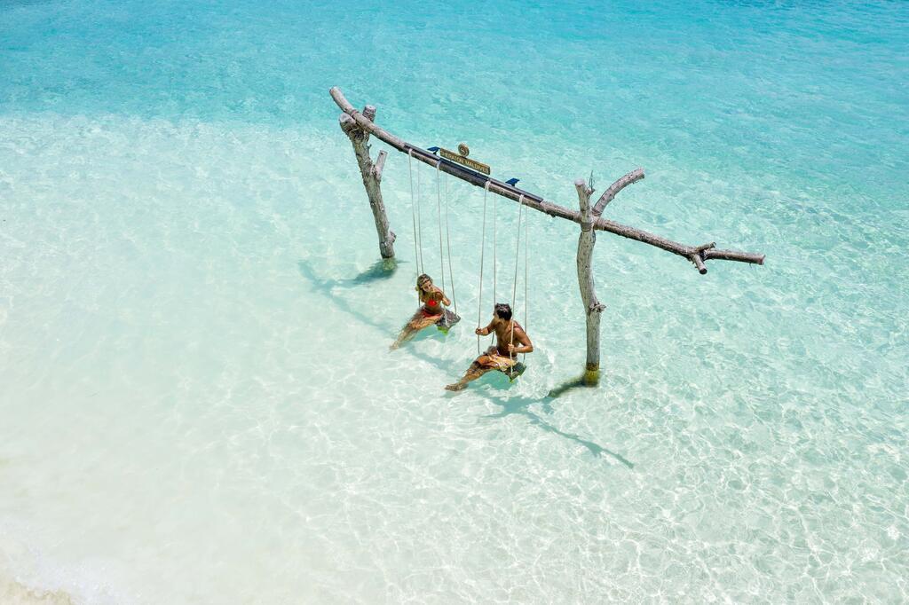 sheraton-maldives-full-moon-resort-spa-genel-009