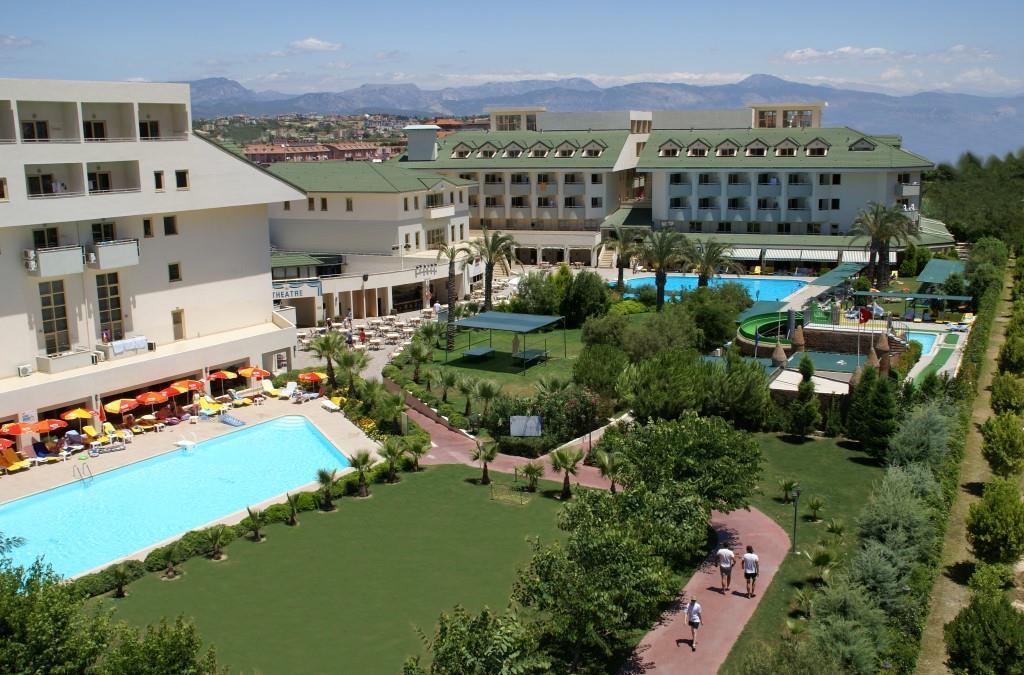 side-breeze-hotel-008