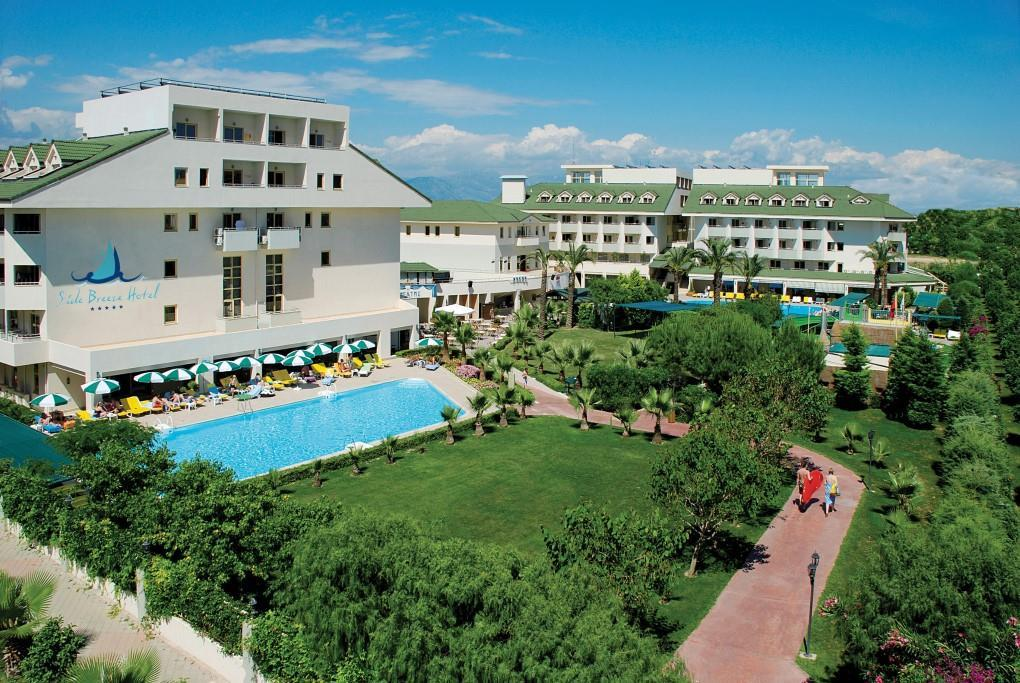 side-breeze-hotel-028