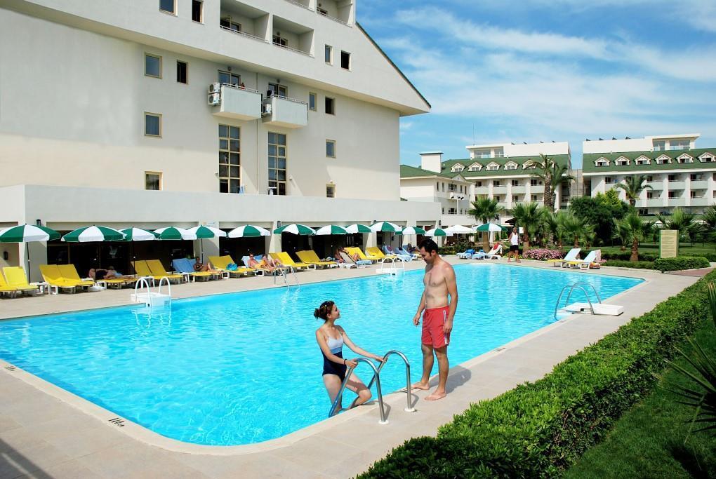 side-breeze-hotel-038