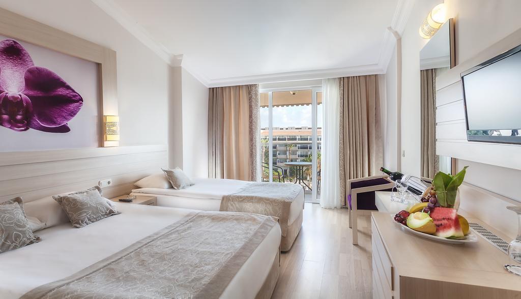 side-corolla-hotel-genel-004