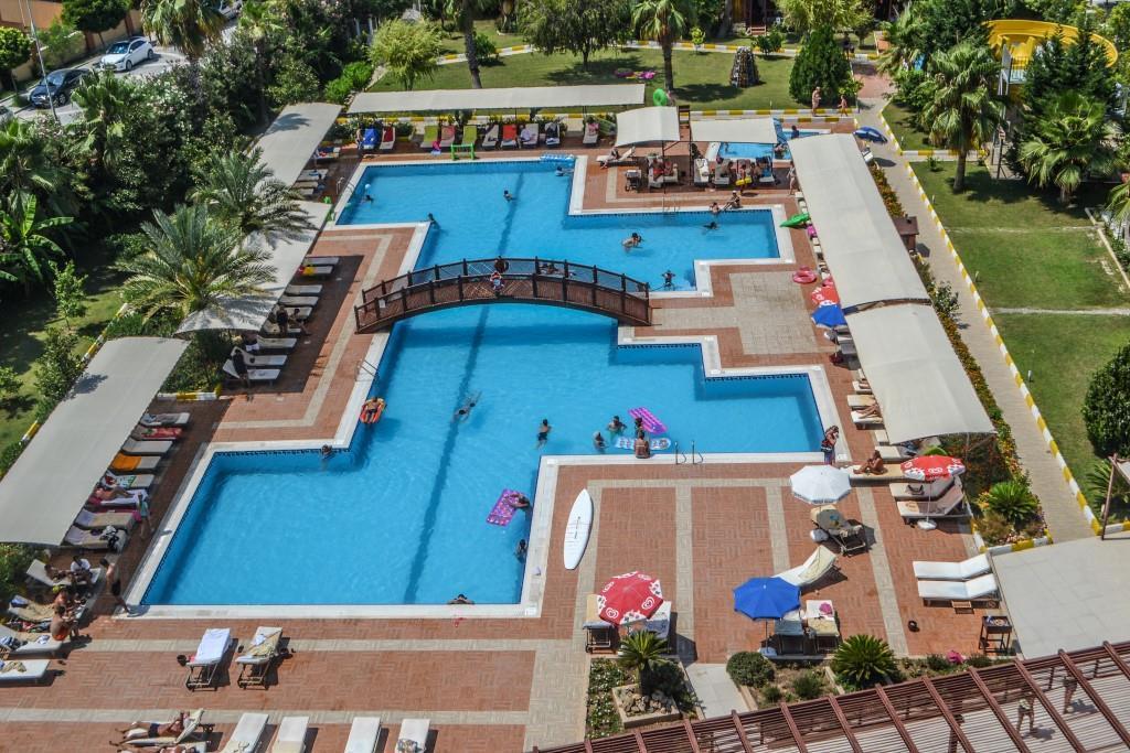 side-kum-hotel-031
