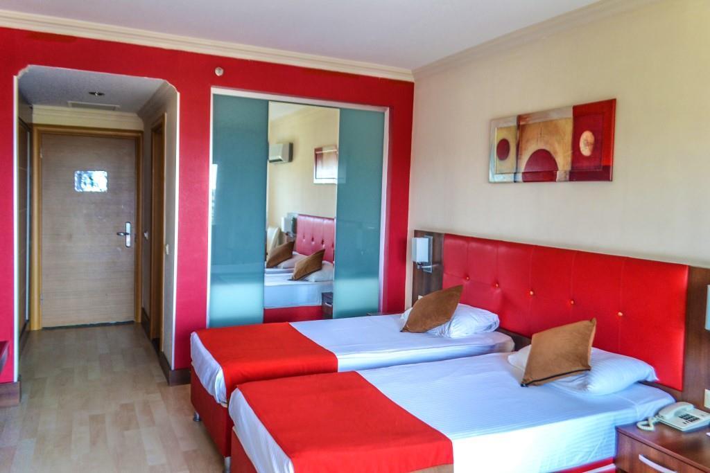 side-kum-hotel-037