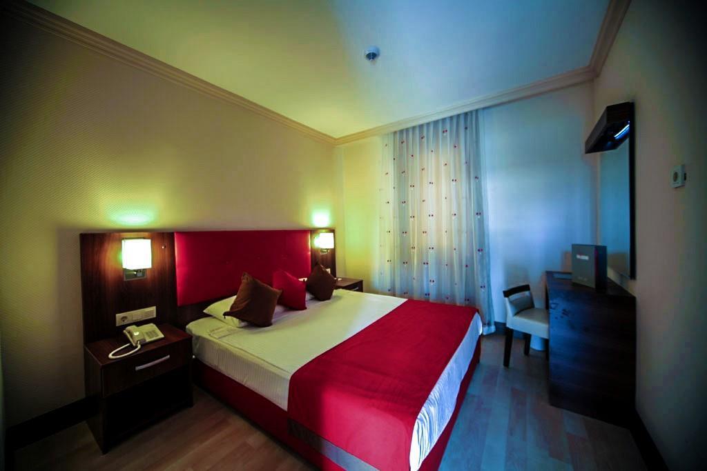 side-kum-hotel-039