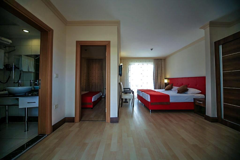 side-kum-hotel-040