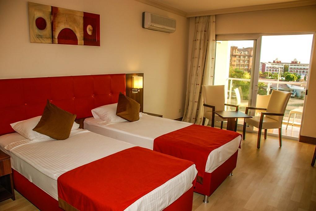 side-kum-hotel-041