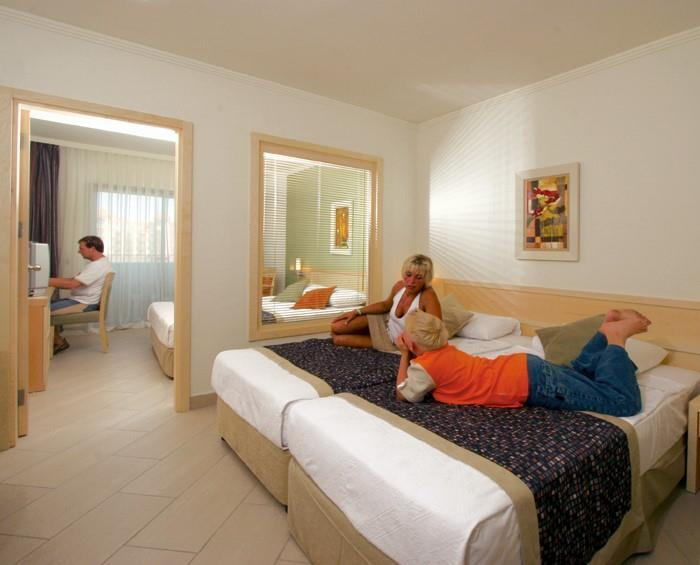 side-mare-resort-and-spa-045