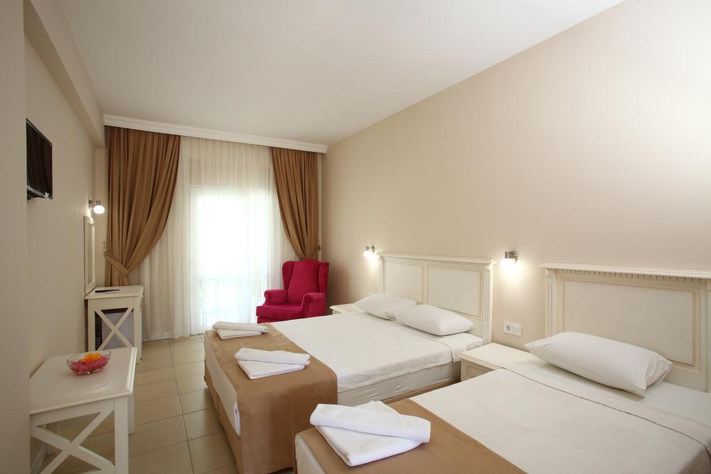 summer-garden-hotel-genel-012